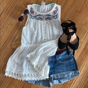 2/$25 Knox Rose blouse
